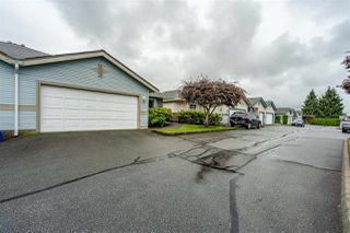 "Photo 1: 8 8889 212 Street in Langley: Walnut Grove Townhouse for sale in ""Garden Terrace"" : MLS®# R2474571"