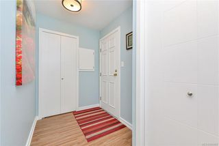 Photo 8: 104 10461 Resthaven Dr in Sidney: Si Sidney North-East Condo for sale : MLS®# 844468