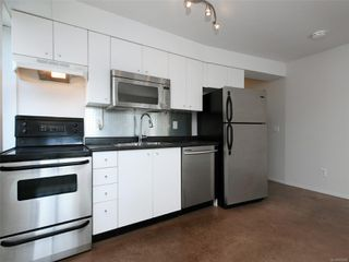 Photo 8: 302 932 Johnson St in : Vi Downtown Condo Apartment for sale (Victoria)  : MLS®# 855828