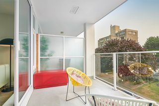 """Photo 24: 412 311 E 6TH Avenue in Vancouver: Mount Pleasant VE Condo for sale in """"THE WOHLSIEN"""" (Vancouver East)  : MLS®# R2501073"""
