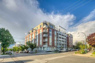 """Main Photo: 412 311 E 6TH Avenue in Vancouver: Mount Pleasant VE Condo for sale in """"THE WOHLSIEN"""" (Vancouver East)  : MLS®# R2501073"""