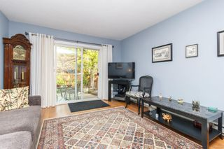 Photo 4: 7 974 DUNFORD Ave in : La Langford Proper Row/Townhouse for sale (Langford)  : MLS®# 857182