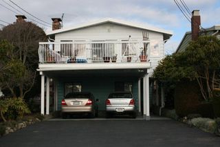 Photo 1: 14757 Thrift Avenue in White Rock: Home for sale : MLS®# F1215284