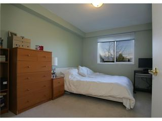 "Photo 8: 415 774 GREAT NORTHERN Way in Vancouver: Mount Pleasant VE Condo for sale in ""PACIFIC TERRACES"" (Vancouver East)  : MLS®# V880299"