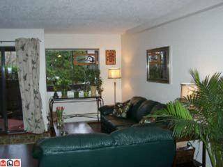 Photo 2: 109 1555 FIR Street: White Rock Condo for sale (South Surrey White Rock)  : MLS®# F1117244