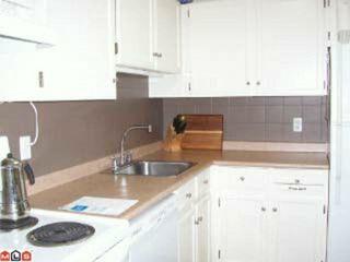 Photo 4: 109 1555 FIR Street: White Rock Condo for sale (South Surrey White Rock)  : MLS®# F1117244