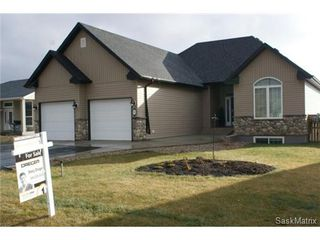 Photo 2: 310 KING Street: Milestone Single Family Dwelling for sale (Weyburn / Estevan NW)  : MLS®# 482116