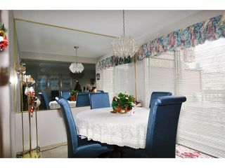 """Photo 3: 11771 DARBY Street in Maple Ridge: West Central Townhouse for sale in """"HOLLY MANOR"""" : MLS®# V1038088"""