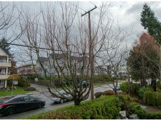"Photo 17: 306 1280 FIR Street: White Rock Condo for sale in ""OCEANA VILLA"" (South Surrey White Rock)  : MLS®# F1429078"