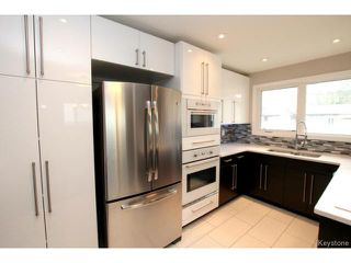 Photo 3: 73 Columbus Crescent in WINNIPEG: Westwood / Crestview Residential for sale (West Winnipeg)  : MLS®# 1514132