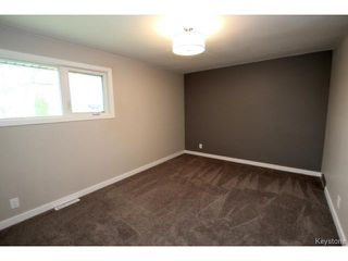 Photo 9: 73 Columbus Crescent in WINNIPEG: Westwood / Crestview Residential for sale (West Winnipeg)  : MLS®# 1514132