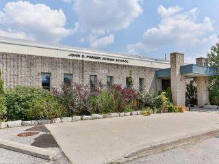 Photo 13: 79 Kay Drive in Toronto: Mount Olive-Silverstone-Jamestown House (Backsplit 5) for sale (Toronto W10)  : MLS®# W3310714
