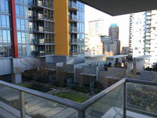 "Photo 9: 510 131 REGIMENT Square in Vancouver: Downtown VW Condo for sale in ""SPECTRUM 3"" (Vancouver West)  : MLS®# R2016924"