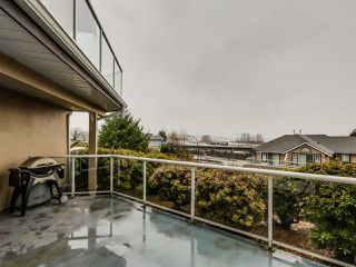 """Photo 15: 305 25 RICHMOND Street in New Westminster: Fraserview NW Condo for sale in """"FRASERVIEW"""" : MLS®# R2031459"""