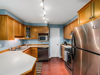 """Photo 9: 305 25 RICHMOND Street in New Westminster: Fraserview NW Condo for sale in """"FRASERVIEW"""" : MLS®# R2031459"""