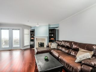 """Photo 3: 305 25 RICHMOND Street in New Westminster: Fraserview NW Condo for sale in """"FRASERVIEW"""" : MLS®# R2031459"""