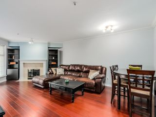 "Photo 2: 305 25 RICHMOND Street in New Westminster: Fraserview NW Condo for sale in ""FRASERVIEW"" : MLS®# R2031459"