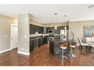 Photo 10: 3 2319 Chilco Road in VICTORIA: VR Six Mile Townhouse for sale (View Royal)  : MLS®# 363465