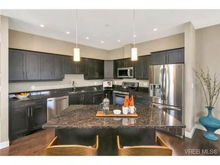 Photo 9: 3 2319 Chilco Road in VICTORIA: VR Six Mile Townhouse for sale (View Royal)  : MLS®# 363465