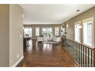 Photo 6: 3 2319 Chilco Road in VICTORIA: VR Six Mile Townhouse for sale (View Royal)  : MLS®# 363465