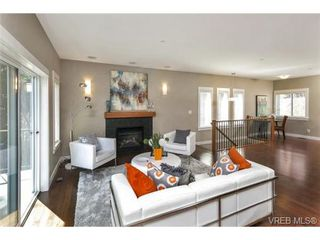Photo 8: 3 2319 Chilco Road in VICTORIA: VR Six Mile Townhouse for sale (View Royal)  : MLS®# 363465