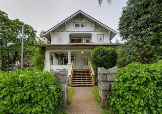 Photo 1: 3793 W 24TH Avenue in Vancouver: Dunbar House for sale (Vancouver West)  : MLS®# R2072667