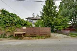 Photo 16: 3793 W 24TH Avenue in Vancouver: Dunbar House for sale (Vancouver West)  : MLS®# R2072667