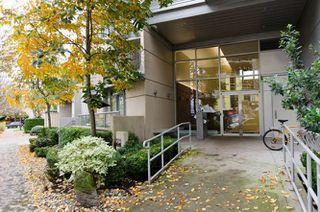 "Photo 2: 609 328 E 11TH Avenue in Vancouver: Mount Pleasant VE Condo for sale in ""Uno"" (Vancouver East)  : MLS®# R2126695"