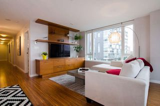 "Photo 8: 609 328 E 11TH Avenue in Vancouver: Mount Pleasant VE Condo for sale in ""Uno"" (Vancouver East)  : MLS®# R2126695"