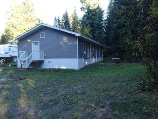 Photo 2: 8425 AQUARIUS Road in Prince George: Chief Lake Road Manufactured Home for sale (PG Rural North (Zone 76))  : MLS®# R2133301