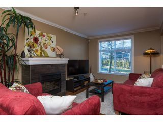 "Photo 3: 2 15833 26 Avenue in Surrey: Grandview Surrey Townhouse for sale in ""THE BROWNSTONES"" (South Surrey White Rock)  : MLS®# R2134321"