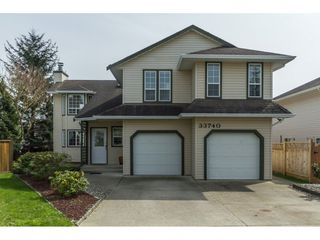 Photo 1: 33740 APPS Court in Mission: Mission BC House for sale : MLS®# R2154494