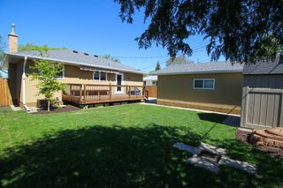Photo 5: 129 Broad Bay - North Kildonan Bungalow for sale