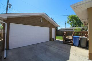 Photo 2: 129 Broad Bay - North Kildonan Bungalow for sale