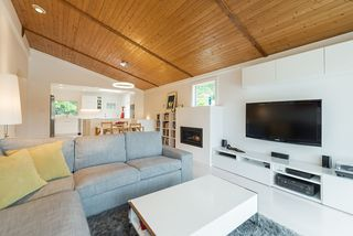Photo 7: 1912 CLIFFWOOD Road in North Vancouver: Deep Cove House for sale : MLS®# R2176813