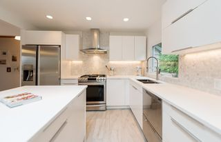 Photo 3: 1912 CLIFFWOOD Road in North Vancouver: Deep Cove House for sale : MLS®# R2176813