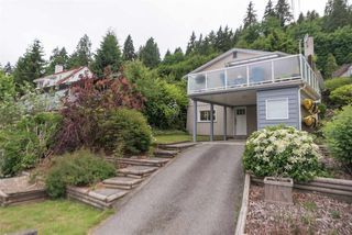 Photo 19: 1912 CLIFFWOOD Road in North Vancouver: Deep Cove House for sale : MLS®# R2176813