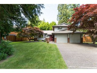 Photo 2: 1946 AMBLE GREENE Drive in Surrey: Crescent Bch Ocean Pk. House for sale (South Surrey White Rock)  : MLS®# R2183618