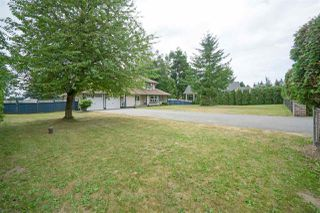 "Photo 2: 5950 243 Street in Langley: Salmon River House for sale in ""Strawberry Hills"" : MLS®# R2185425"