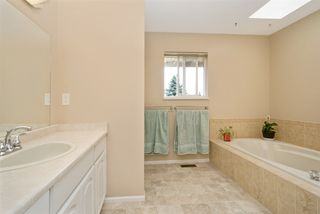 """Photo 11: 5950 243 Street in Langley: Salmon River House for sale in """"Strawberry Hills"""" : MLS®# R2185425"""