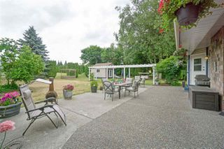 """Photo 17: 5950 243 Street in Langley: Salmon River House for sale in """"Strawberry Hills"""" : MLS®# R2185425"""