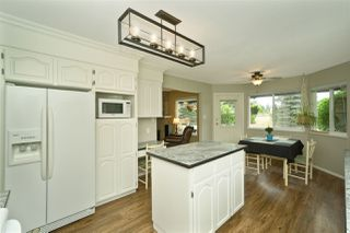 "Photo 5: 5950 243 Street in Langley: Salmon River House for sale in ""Strawberry Hills"" : MLS®# R2185425"