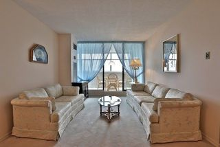 Photo 5: 2308 100 Antibes Drive in Toronto: Westminster-Branson Condo for sale (Toronto C07)  : MLS®# C3926871