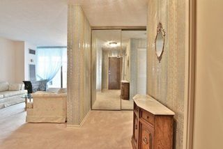 Photo 3: 2308 100 Antibes Drive in Toronto: Westminster-Branson Condo for sale (Toronto C07)  : MLS®# C3926871