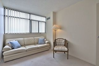 Photo 15: 2308 100 Antibes Drive in Toronto: Westminster-Branson Condo for sale (Toronto C07)  : MLS®# C3926871
