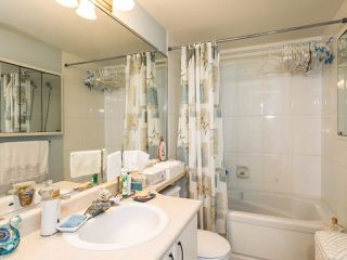 Photo 7: 209 175 E 10TH STREET in North Vancouver: Central Lonsdale Condo for sale : MLS®# R2203480