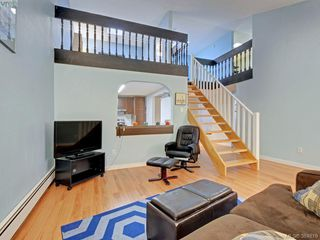 Photo 6: 415 1005 McKenzie Avenue in VICTORIA: SE Quadra Condo Apartment for sale (Saanich East)  : MLS®# 384819