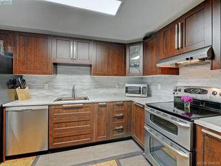 Photo 9: 415 1005 McKenzie Avenue in VICTORIA: SE Quadra Condo Apartment for sale (Saanich East)  : MLS®# 384819