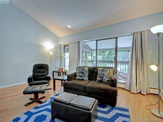 Photo 2: 415 1005 McKenzie Avenue in VICTORIA: SE Quadra Condo Apartment for sale (Saanich East)  : MLS®# 384819