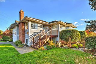 Photo 17: 4299 Panorama Pl in VICTORIA: SE Lake Hill Single Family Detached for sale (Saanich East)  : MLS®# 774088